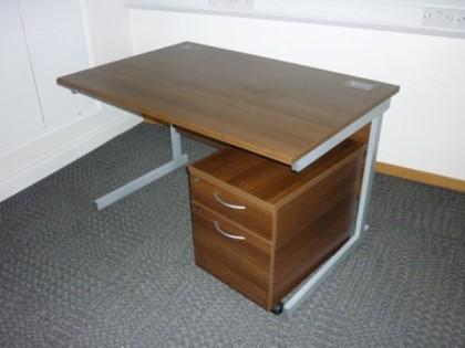 Walnut 1200mm Desk