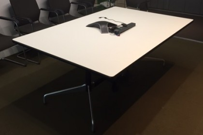 Vitra Segmented Meeting Table