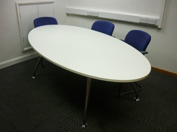 White Oval Meeting Table Second Hand Used Office Furniture