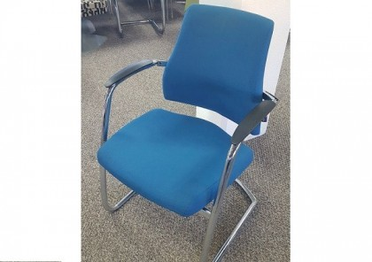 BMA Axia Cantilever Meeting Chairs