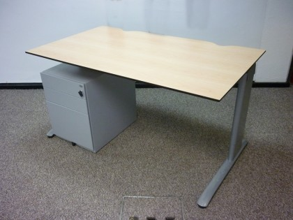 Maple 1400mm Desks