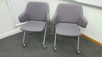 Boss Design Skoot Meeting Chairs