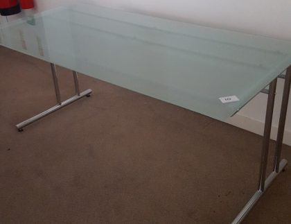 Glass Desks 1600 x 800mm