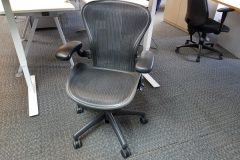 Herman Miller Aeron Chairs - Full Specification, Size B