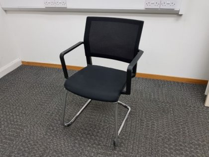 Elite ISit Stackable Meeting chairs