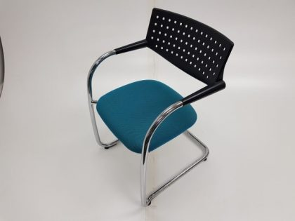 Vitra Visavis Meeting Chairs