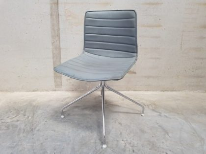 Arper Catifa Trestle Swivel Chairs