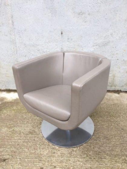 B & B Italia Tulip Sixty Chairs