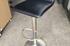 Used Deluxe Black Height-Adjustable Stools