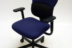 Used Steelcase Let's B Operator Chairs